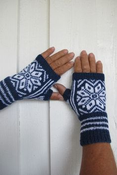 Fingerless Gloves, Arm Warmers, Knitting Patterns, Diy And Crafts, Fingerless Mitts, Cuffs, Fingerless Mittens, Cable Knitting Patterns, Knit Patterns