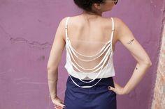 fashion top - back detail- brazilian fashion  http://www.achadotrailer.com.br