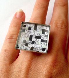 Ring verstellbar Motiv auf Fotopapier gedruckt mit Glas versiegelt Größe des Motivs 25 mm x 25 mm sehr leicht, angenehm zum Tragen  Das Motiv...