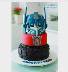 """Andrea Kato Cake Designer on Instagram: """"Transformers #transformersparty #transformers #bolotransformers #optimusprime #optimusprimecake #festatransformers"""""""
