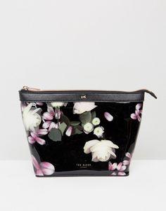 8c5457b6b0de Ted Baker Doreath Floral Large Toiletry bag