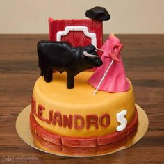 Spanish Themed Party, Ideas Para Fiestas, Sweet Cakes, Deli, Party Favors, Party Themes, Birthday Cake, Candy, Desserts
