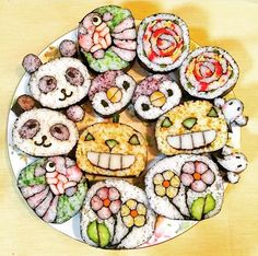 Deco_sushi_kaorimakiko Sushi Sushi, Sushi Art, Creative Food Art, Creative Kids, Cute Food, Good Food, Unique Recipes, Ethnic Recipes, Japanese Food Art