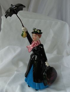 Mary Poppins figurine, 1960s vintage, rare, in excellent condition, collectable, Walt Disney collectors piece