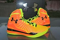 The Under Armour ClutchFit Drive is brings UA's ClutchFit tech to the basketball shoes. It's a great fit bu. Curry Basketball Shoes, Basketball Shorts Girls, Adidas Basketball Shoes, Football Shoes, Sports Shoes, Basketball Games, Sock Shoes, Men's Shoes, Nike Shoes