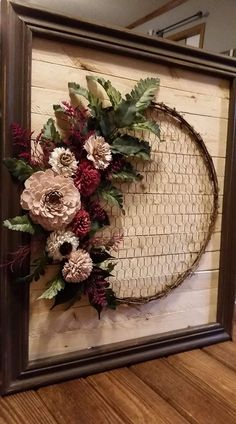 Woodflower wall deco Sola Wood Flowers, Christmas Wreaths, Floral Wreath, Holiday Decor, Wall, House, Home Decor, Christmas Swags, Homemade Home Decor