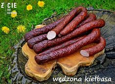 wedzona kielbasa domowa Homemade Sausage Recipes, Meat Recipes, Kielbasa Sausage, How To Make Sausage, Sausage Making, Serbian Recipes, Polish Recipes, Smoking Meat, Charcuterie