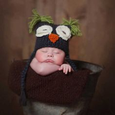 648942be6beb90 Soft and warm hat from Huggalugs. Little owl hat with floppy ears