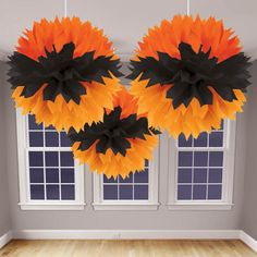 Black and orange bat design fluffy Halloween decorations! An easy and quick decoration for a party or special Halloween event! Primer Halloween, Halloween Candy, Holidays Halloween, Halloween Crafts, Halloween Decorations, Library Decorations, Halloween Sewing, Haunted Halloween, Halloween Carnival