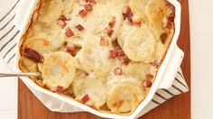 Looking for a hearty dinner? Then check out this ham and scalloped potatoes recipe - a wonderful meal!