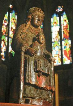 La Vierge noire.Collégiale Notre-Dame de Beaune. Bourgogne