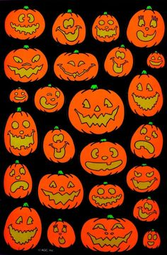 Welcome to the year-round Halloween party! (Show my personal account some love: canvasandcoffee) Retro Halloween, Theme Halloween, Halloween Pictures, Holidays Halloween, Spooky Halloween, Halloween Crafts, Happy Halloween, Halloween Decorations, Vintage Halloween Photos