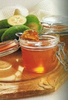 Feijoas are a popular and versatile fruit which makes a delicately flavoured jel. - Feijoas are a popular and versatile fruit which makes a delicately flavoured jelly. Guava Recipes, Jelly Recipes, Gourmet Recipes, Cooking Recipes, Healthy Recipes, Coconut Mousse, Pineapple Guava, Exotic Fruit, Food Print