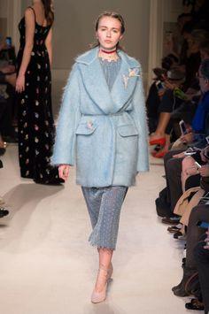Luisa Beccaria at Milan Fashion Week Fall 2016 - Runway Photos