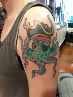 tattoo old school / traditional nautic ink - pirate octopus