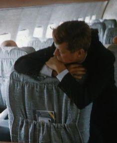 Les Kennedy, John Kennedy Jr, Jfk Jr, Young Jfk, Celebridades Fashion, John Junior, John Fitzgerald, Greatest Presidents, Drame