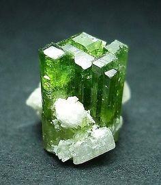 Crystals Gems, Gemstones Minerals, Rocks Minerals, Minerals Crystals, Rocks Crystals, Gemstones Crystals, Minerals Rocks, Crystals Rocks, Minerals Gemstones