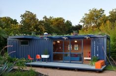 The Container Guest House is the first of several projects by Poteet Architects. As a national award-winning firm, Poteet Architects is best known for their sensitive adaptive reuse of existing buildings and a fresh, rigorous approach to modern interior design. This project originated from client's wish to experiment with shipping containers.
