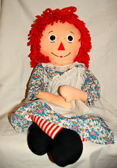 Vintage Knickerbocker Raggedy Anne 35 by TBsouthernvintage Childhood Images, Childhood Toys, Childhood Memories, Vintage Dolls, Antique Dolls, Vintage Items, Raggedy Ann And Andy, Hello Dolly, Old Toys