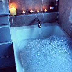 how to make a relaxing bubble bath