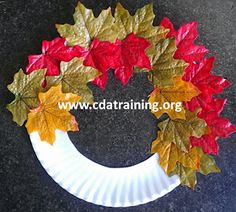 Make a Leaf Wreath (From Early Childhood Education) Kids Daycare, Daycare Crafts, Toddler Crafts, Autumn Crafts, Fall Crafts For Kids, Thanksgiving Crafts, Autumn Activities, Christmas Activities, Preschool Activities