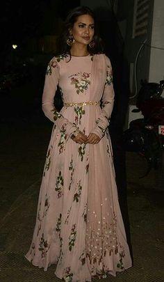 Pale pink floral lehenga from Mahima Mahajan Indian Gowns Dresses, Indian Fashion Dresses, Dress Indian Style, Indian Designer Outfits, Pakistani Dresses, Punjabi Fashion, Dress Fashion, Indian Long Dress, Asian Wedding Dress Pakistani