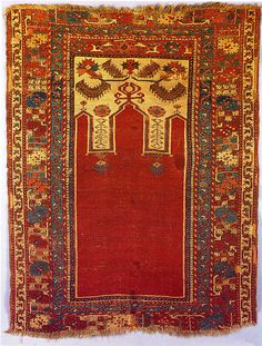 Magnificent late 18th century prayer rug with triple arch design, from Konya in central Anatolia (Turkey).
