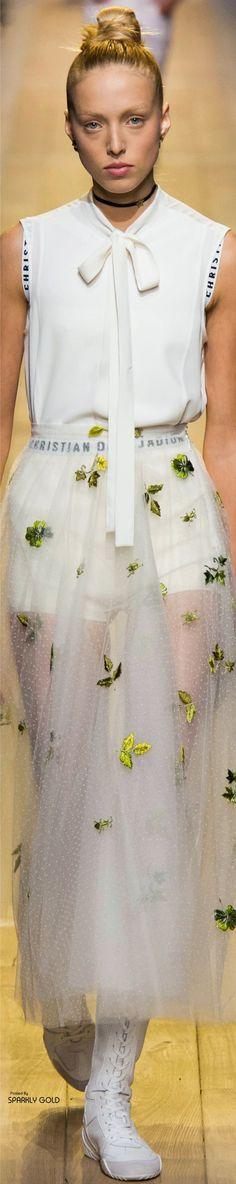 Christian Dior Spring 2017 RTW