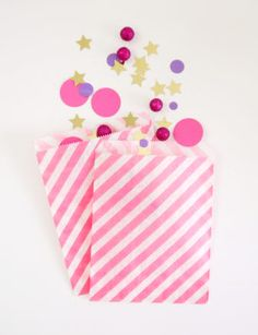 Sacs sachets ou pochettes pour confetti #birthday #gifts #packaging #sweettables #anniversaire #cadeaux