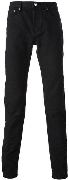 €129, Schwarze Enge Jeans von A.P.C.. Online-Shop: farfetch.com. Klicken Sie hier für mehr Informationen: https://lookastic.com/men/shop_items/140072/redirect