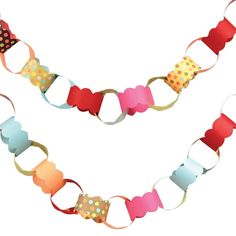 we are always talking about making count-down paper chains. this one is lovely.