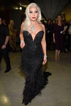 Lady Gaga in Brandon Maxwell - Grammy 2015 Lady Gaga Daily, Lady Gaga Age, Lady Gaga Looks, Fotos Lady Gaga, Lady Gaga Outfits, Lady Gaga Pictures, Look Thinner, Star Wars, Celebs
