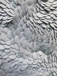 - Sculpture en céramique Fenella Elms Over the course of the girl's five-decade profession, artist Textile Sculpture, Sculpture Art, Art Texture, Ceramic Wall Art, Paperclay, Textures Patterns, Art Forms, Paper Art, Artwork