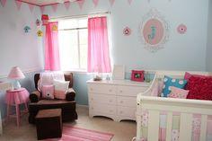 Amazing bird themed bedroom!