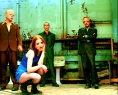 """Garbage Shirley Manson (and her style in this video """"I´m only happy when it rains"""" in particular)"""