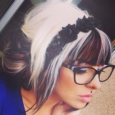 This hair! makes me want to go back to crazy hair colors Funky Hairstyles, Pretty Hairstyles, Hairstyle Ideas, Girly, Crazy Hair, Love Hair, Hair Today, Hair Dos, Hair Hacks