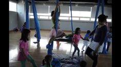 ¿Cuántas experiencias artísticas basadas en el desarrollo de los niños, el respeto a la naturaleza y su entorno pueden reunirse en un #CursodeVerano? ¡Música, Danza, Cine, Artes Visuales y Teatro en JugARTE! AAƒ_ #Niños