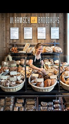 Bread Flemish bread house – # Flemish - New Deko Sites Bread Display, Bakery Display, Bakery Store, Bakery Cafe, Boutique Patisserie, Logo Patisserie, Patisserie Design, Decoration Patisserie, Bakery Shop Design
