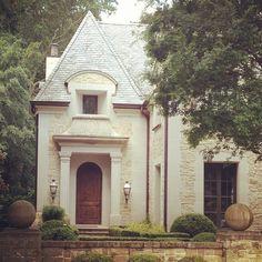 Limestone & Boxwoods - Instagram (@limestoneboxwoods) - French house in Buckhead, Atlanta by Benecki Homes and Melanie Turner Interiors