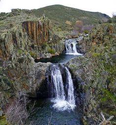 Cascada del Aljibe. La Cascada del Aljibe, situada en el Alto Jarama, es uno de los saltos de agua más espectaculares de Guadalajara. ESPAÑA