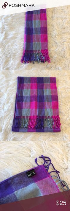 Kirra scarf Great condition Kirra Accessories Scarves & Wraps