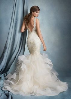 These breathtaking Tara Keely wedding dresses 2016 are full of the loveliest laces and romantic sparkle. Next spring's line will be heating up for sure with striking silhouettes and epic timeless elegance that we can't ignore! With this flawless bridal sophistication, any bride is sure to impress in these hot Tara keely wedding dresses 2016. Get […]