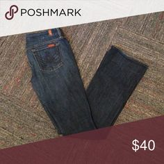 7FAM A-pocket jeans 7FAM A-pocket jeans size 28. Great pair of everyday jeans that you can dress up or go casual. 7 For All Mankind Jeans Boot Cut