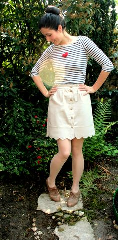 Perfect free DIY Scallop Button Up Skirt!