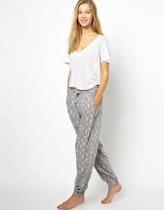 Chelsea Peers Feather Print Lounge Pants