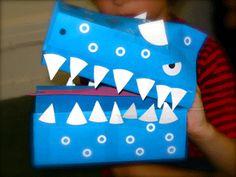 how can i make a dinosaur out of recycled materials - Google Search Make A Dinosaur, Dinosaur Valentines, Crafts From Recycled Materials, Valentine Day Boxes, Mj, Crafts For Kids, Recycling, Canning, Google Search