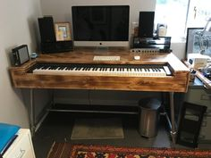 A Composers desk handmade for a customers 88 key piano working to the customers specifications we made the keyboard fit exactly to achieve the best playing position for him we have plenty of room in the back with easy access from behind and below to manag Music Desk, Piano Desk, Office Music, Music Keyboard, Home Studio Setup, Music Studio Room, Studio Ideas, Table Diy, Pc Table
