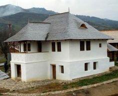 Casa cu Blazoane Chiojdu Romania, Gazebo, Floor Plans, Outdoor Structures, House Design, Cabin, Flooring, Traditional, House Styles