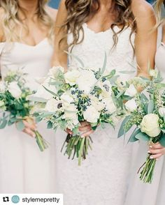 White on white with a pop of green. Such a perfect example of simplicity meeting elegance. #summerwedding #beachwedding  #Repost @stylemepretty with @repostapp ・・・ The perfect mix of classic Montauk style and chic, modern elements, Risa's organic-inspired bouquets and off-white bridesmaids' dresses is made for a dreamy seaside wedding! | Photography: @judypakphoto | Event Coordination: Peter Pizarro | Floral Design: @rosehipfloral | Wedding Dress: @oscardelarenta | Bridesmaids' Dresses: The…