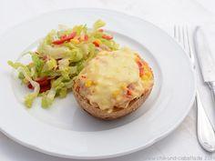 Gefüllte Backkartoffeln mit Tunfisch, Mais und Paprika